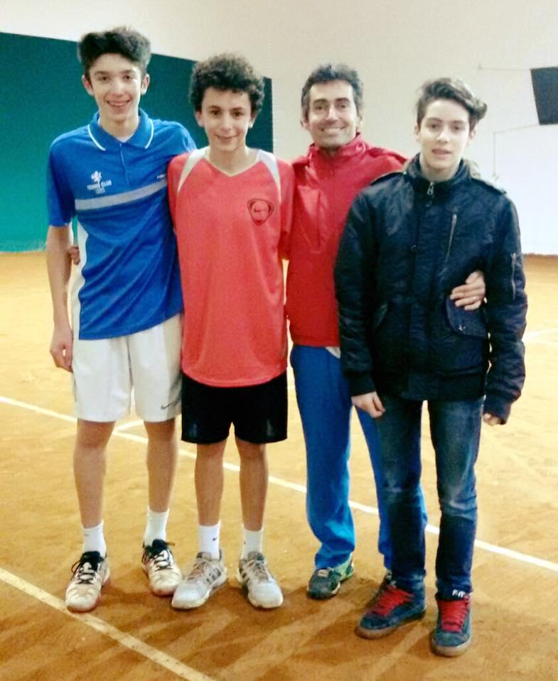 Da destra, Vaccari Simone, Perfetti Noah, il Maestro capitano Marco Poggi e Venturelli Filippo